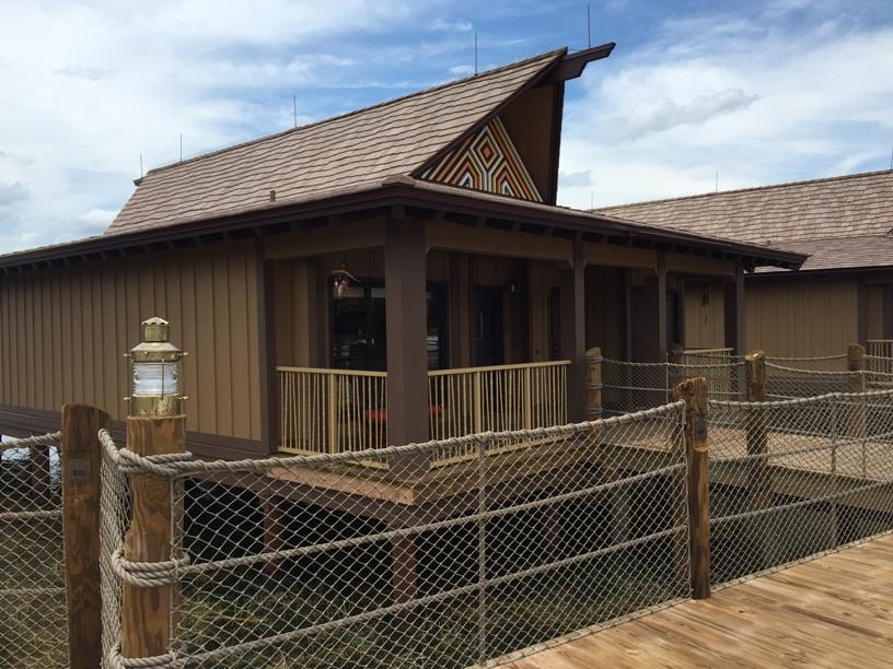 Disney Vacation Club Polynesian Bungalow (11)